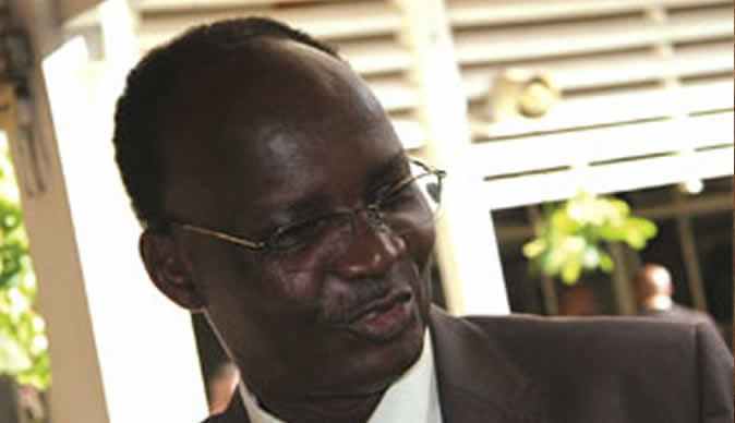 Jonathan Moyo not yet on Interpol radar