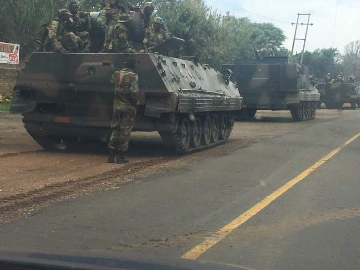 PICTURES: Zimbabwe army let out of barracks in full force?
