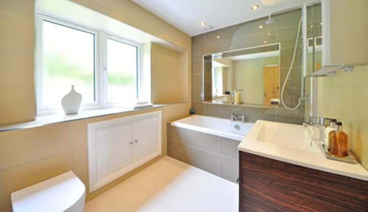 How to Effectively Cut Costs on Your Bathroom Remodel