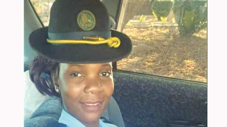 Female cop in US$12 000 adultery suit