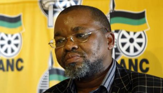 SA 'won't interfere' in Zimbabwe crisis, says Mantashe