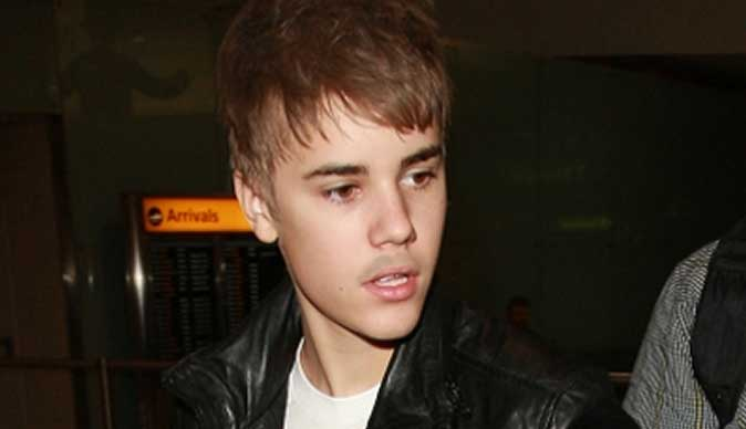 Friends kicked out of Justin Bieber's house