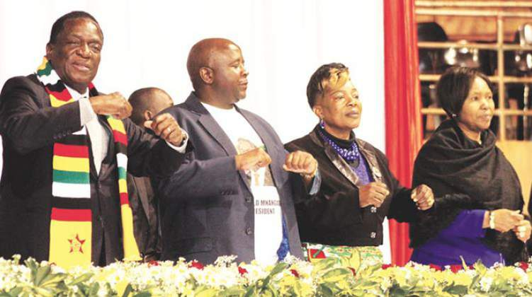 Zimbabwean President surrounded by vultures masquerading as patriots