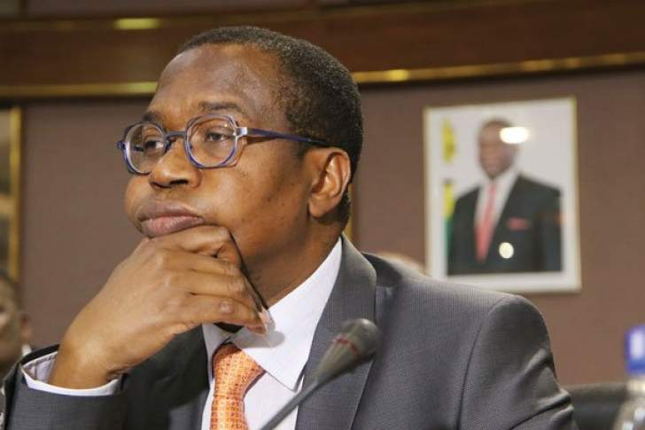 Mthuli Ncube interacts with journalists
