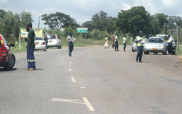 Police ordered to abolish roadblocks