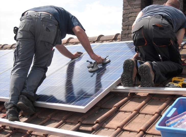 Two important factors to consider before installing solar panels