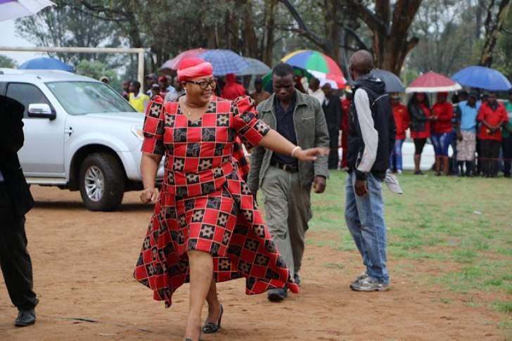 'Thokozani Khupe, why bed an unrepentant tribalist?'
