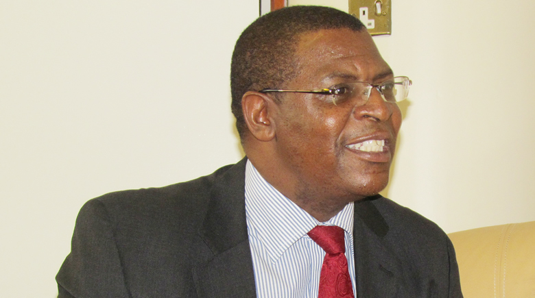 MDC leader Welshman Ncube blasts govt for firing nurses