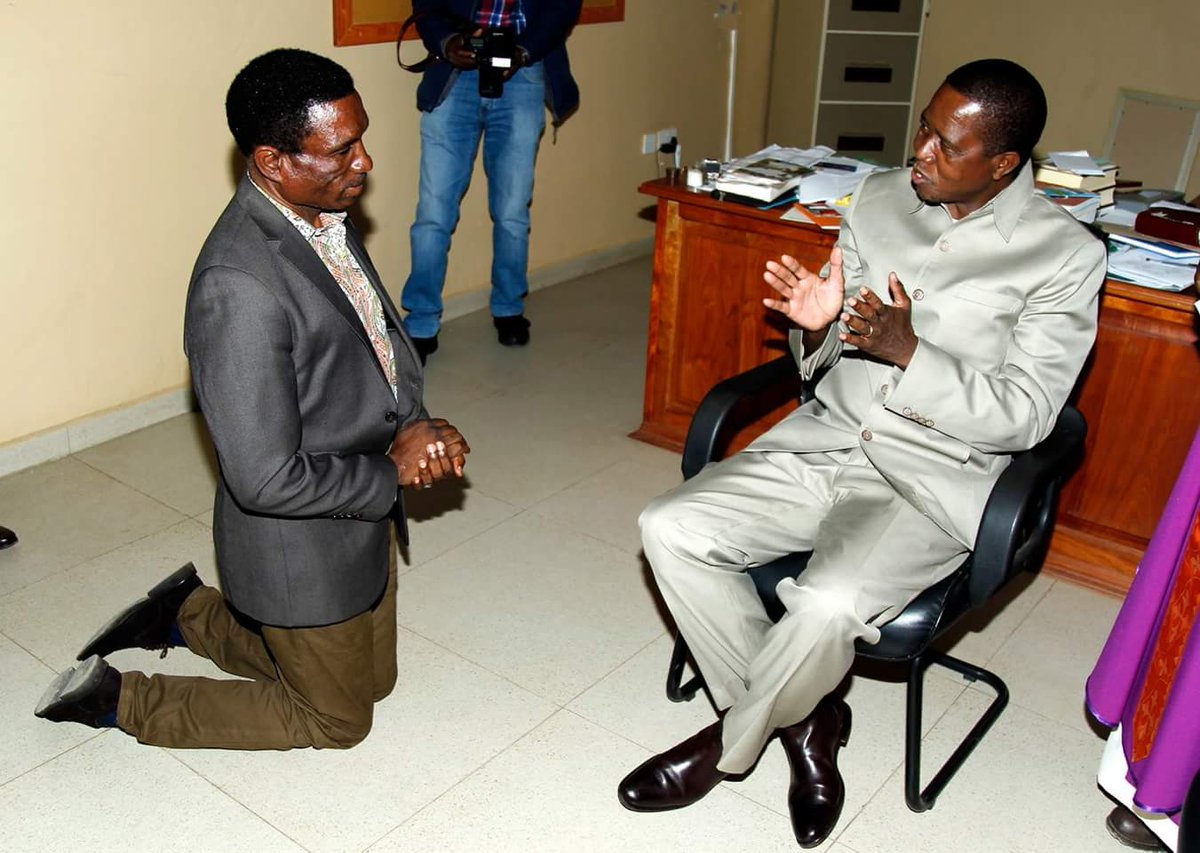 Zambian minister kneels for President Lungu
