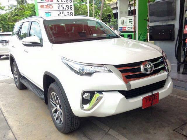New Toyota Fortuner pictures leaked!