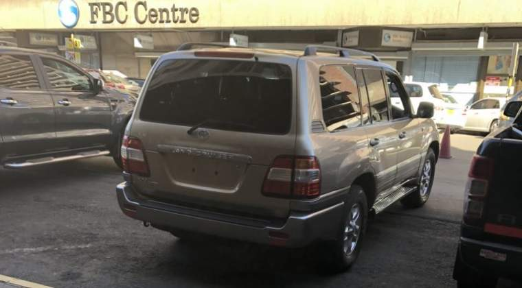 PHOTOS: Wamba's number plate less Land Cruiser?