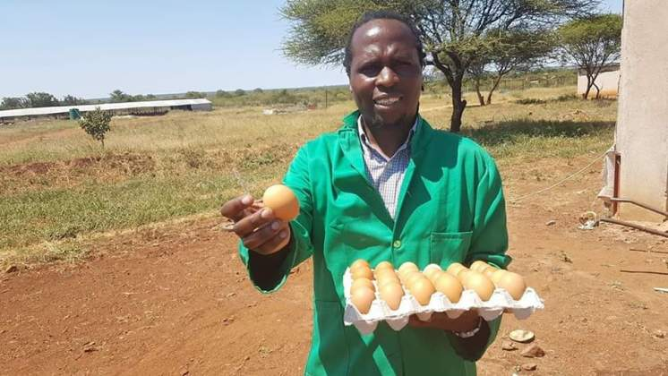 PHOTO: Charles Mhlauri now selling eggs