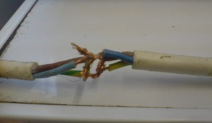 zesa condemns over 1 000 houses in bulawayo harare24 news rh harare24 com dangerous electrical wiring photos reporting dangerous electrical wiring