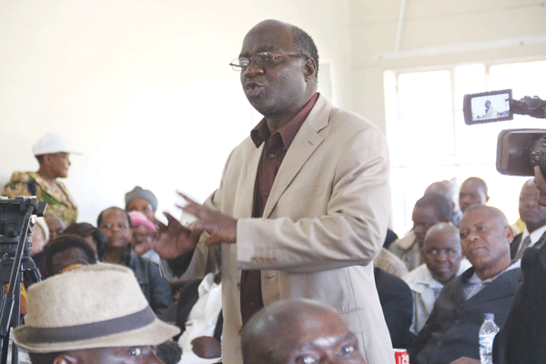War vets intensify Mugabe attack