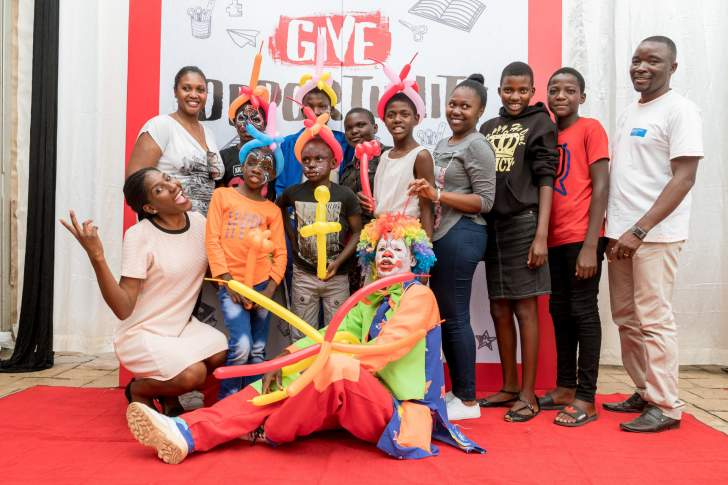 Pizza Hut African Literacy Project Comes to Zimbabwe