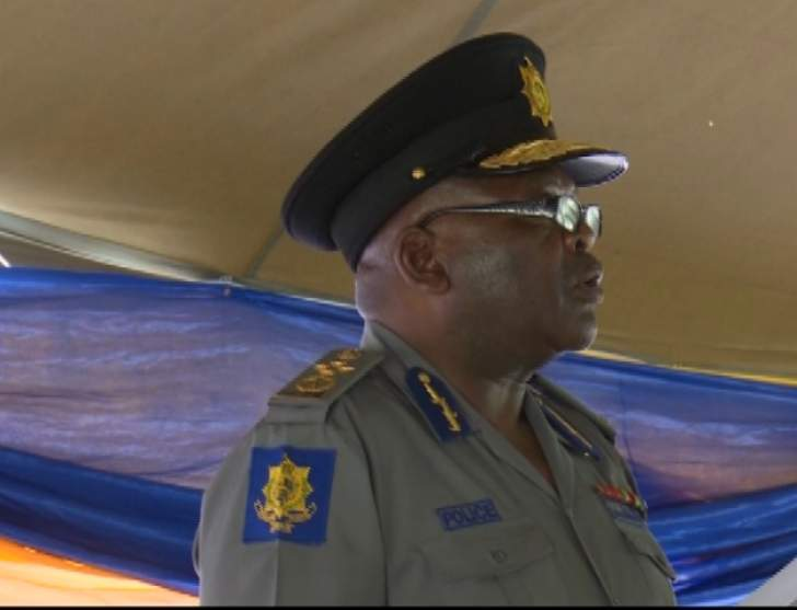 'Arrest top cops involved in smuggling'