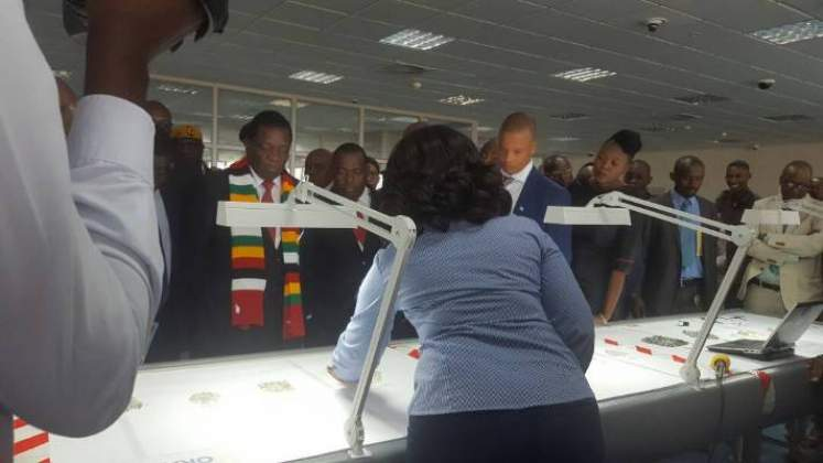 Zimbabwe to cut, polish diamonds in Botswana