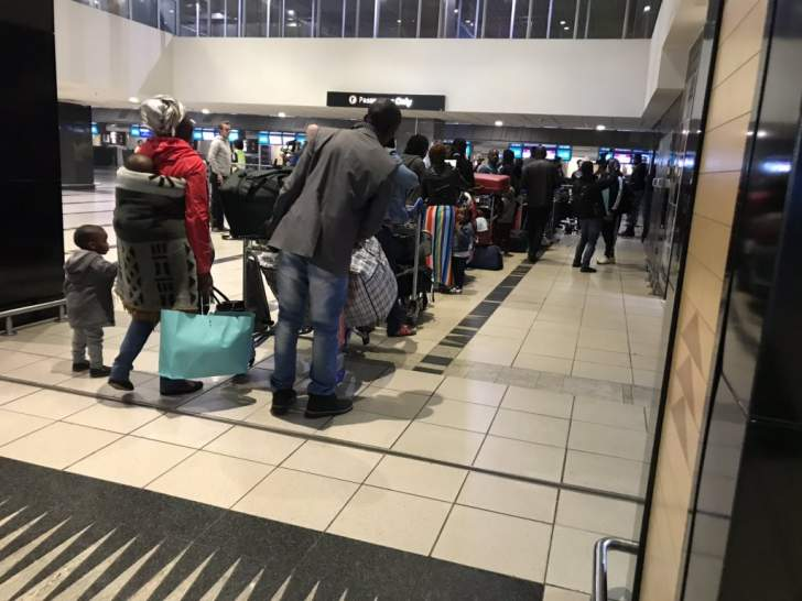PHOTOS: Nigerians finally leave South Africa