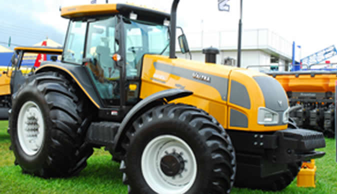 India to offer tractors to Zimbabweans on credit