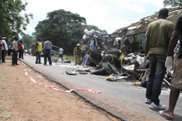 Breaking News Zimbabwe Bus Accident 25 Dead Harare24 News