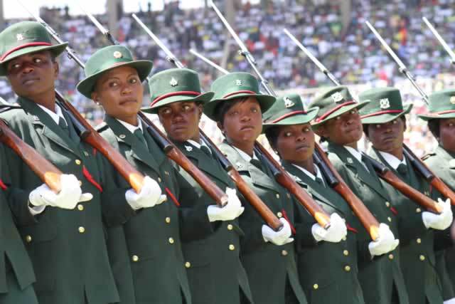 Parade-mounted-by-The-Zimbabwe-Defence-Forces